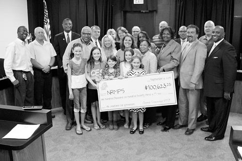 Coopers Elementary PTO presents funding for AC unit